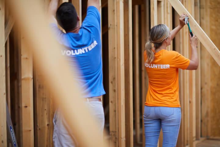 volunteer coworkers