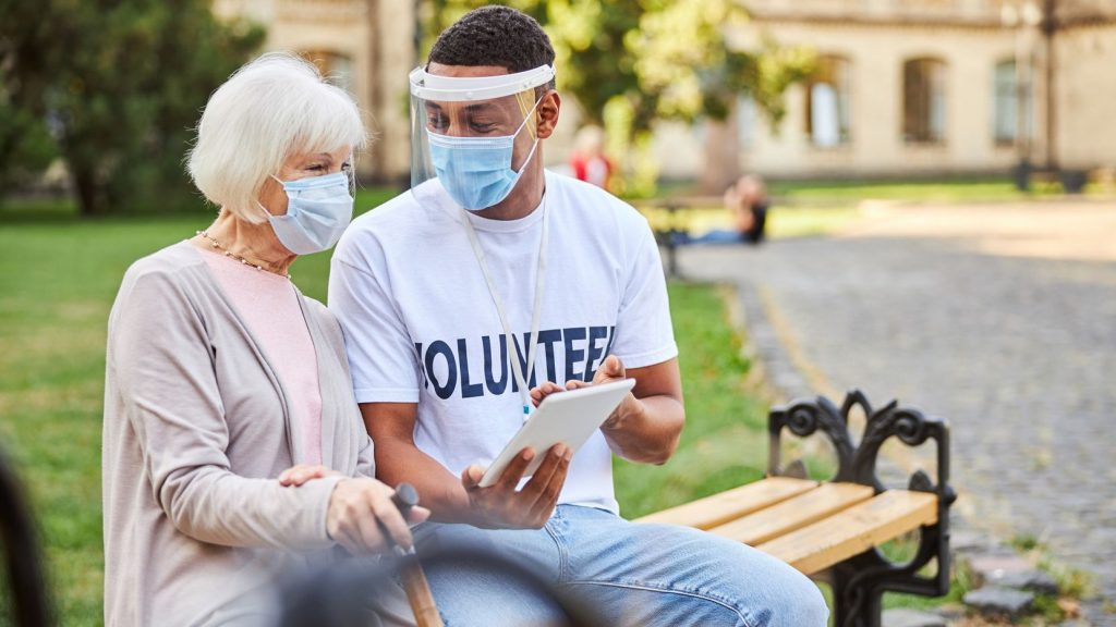 VOMO Toyota vaccination volunteers